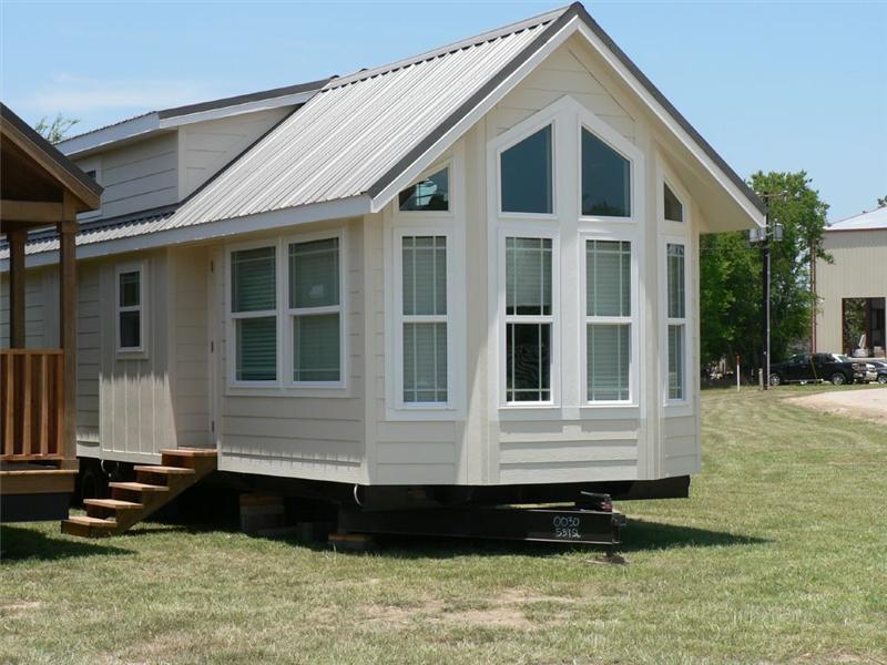 Tiny Home Designs: Beach View Tiny House Floor Plan