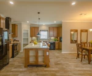 Kitchen island in house model Oak Hill