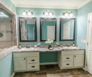 Bathroom from house model Frontier, made by Pratt Homes