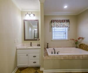 Bathroom with jacuzzi from Prat Homes