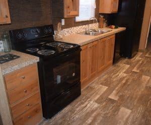 Kitchen details from the house model 1676B from Pratt Homes offer