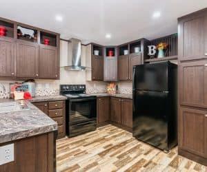 Kitchen appliances of the house model 1676G from Pratt Homes offer