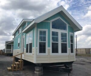 Exterior of house Beachview made by Partt