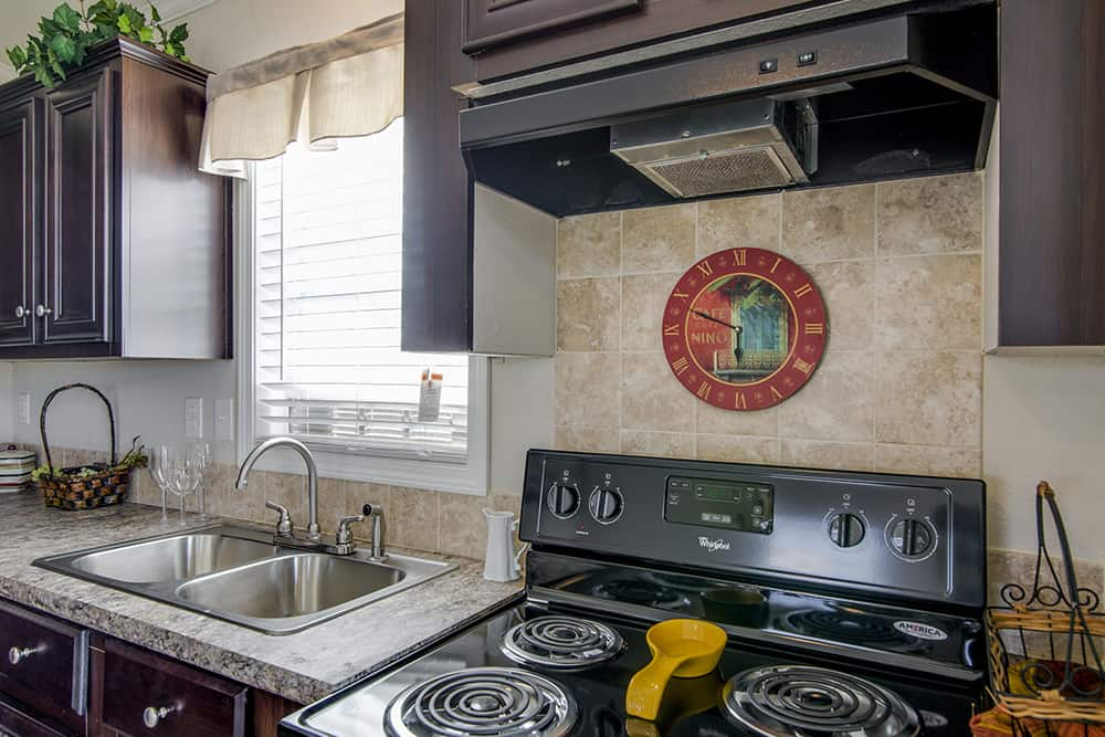Kitchen appliances of house model CC1207 made by Pratt