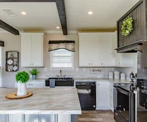 Equipped kitchen from home model Estes