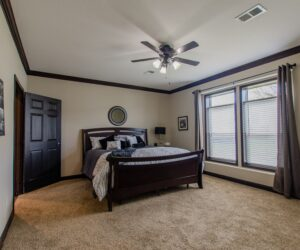 Master bedroom in the house model Eastwood made by Pratt Homes from Tyler