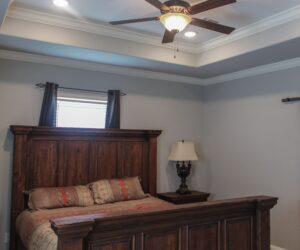 Master bedroom in the house model Carlton made by Pratt from Tyler