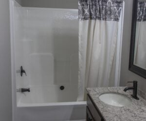 Shower in the house model Carlton made by Pratt from Tyler
