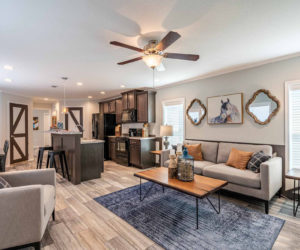 spacious living room in the house model 1502 from Pratt homes in Tyler Texas