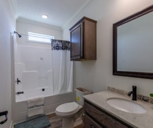 bathtub of the house model Koinonia II made by pratt homes tyler texas