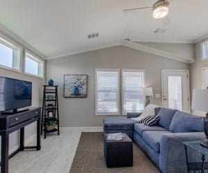 living room in house model cottage 18 2/1 made by pratt homes tyler texas