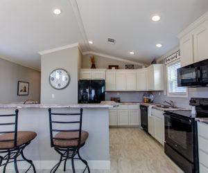 dinning room in house model cottage 18 2/1 made by pratt homes tyler texas