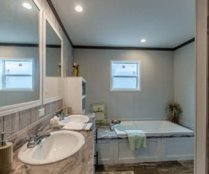 bathtub at the canal house made by pratt homes tyler tx