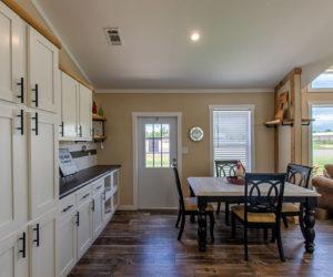 dining room Country Cottage pratt homestyler tx